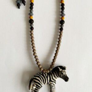 By Melo, kinderketting stoer Zev Zebra