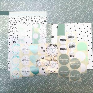 Inpakset 10 cadeauzakjes en 30 stickers, Zwart wit mint