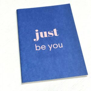 Schriftje A5 `Happy` just be you