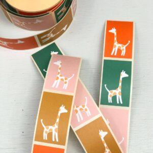 Stickers, 3cm x 5cm , Giraffe 4 kleuren ( per 10 stuks assorti )